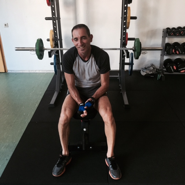 Slimliving Personal training - Nash smiling in the gym